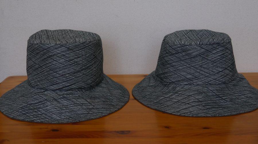 母と叔母の帽子(着物のはぎれ)